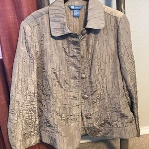 Gold shimmering Jacket cut like blue jean jacket